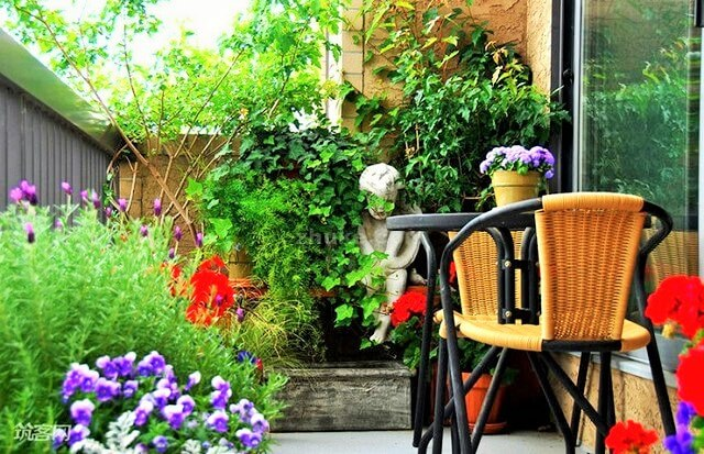 Gardens-You-Can-Have-On-Your-Balcony-3 (2)