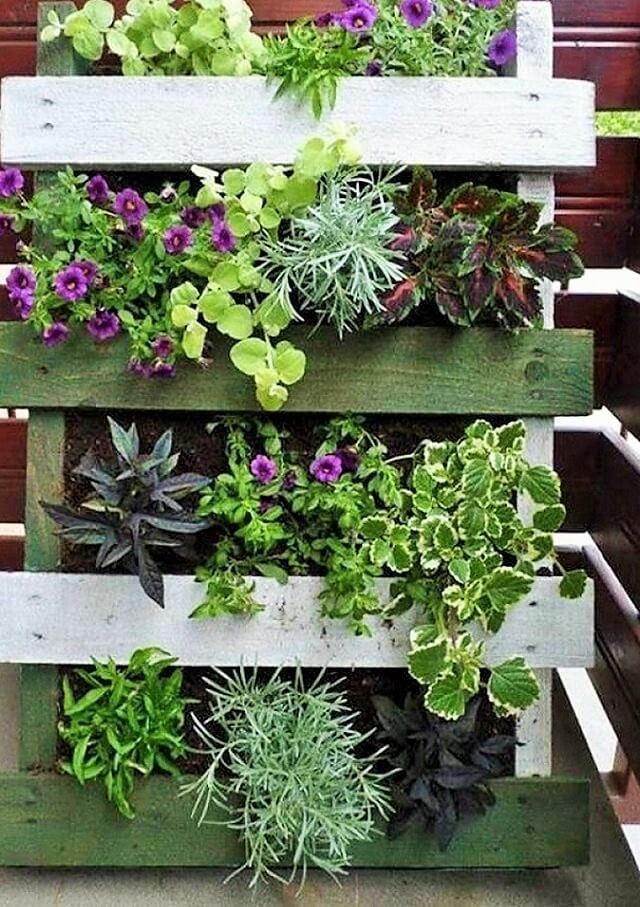 Home-diy-balcony-garden-Ideas-101 (2)