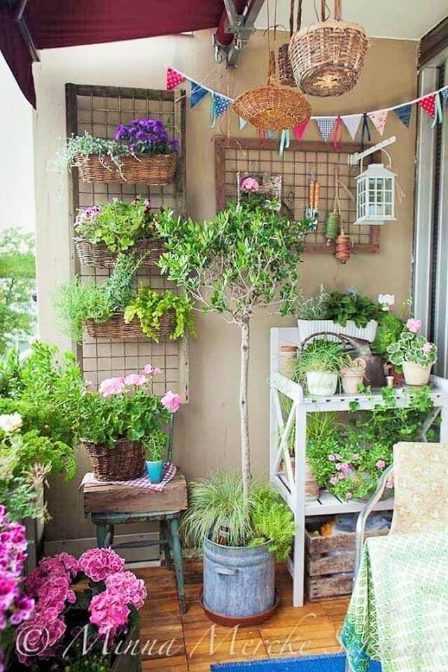Home-diy-balcony-garden-Ideas-113 (2)