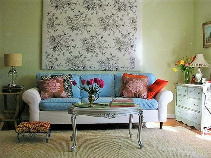 Should You Get Different Colored Sofas In One Living Room
