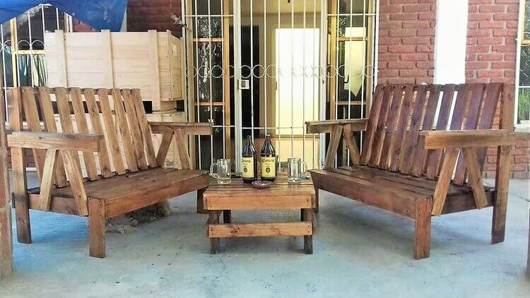Wooden-Pallet-Patio-Furniture