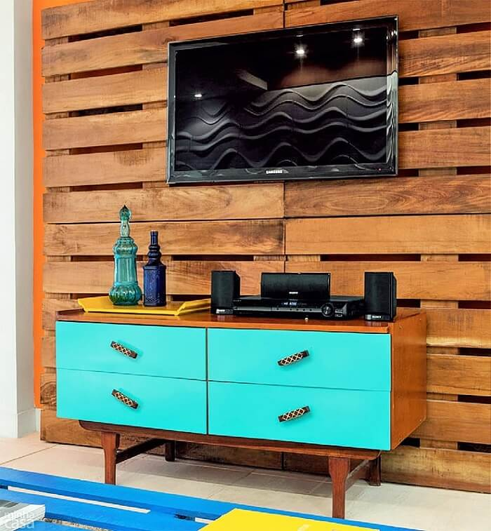 Wooden Pallets Ideas and Projects.