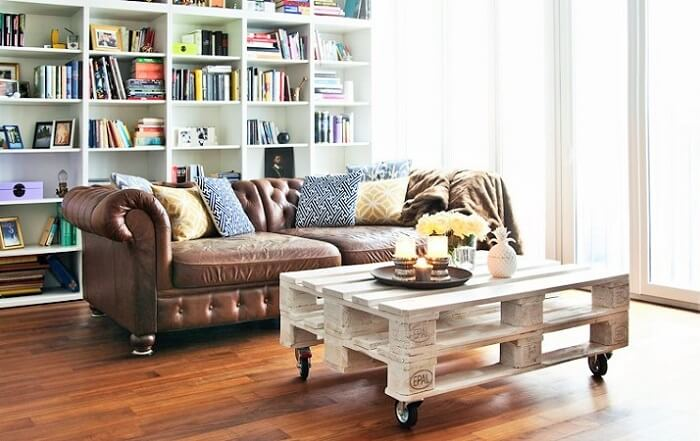 Wooden Pallets Table and Sofa Ideas.