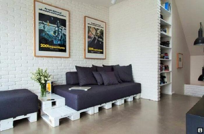 Wooden pallet-furniture-apartment.