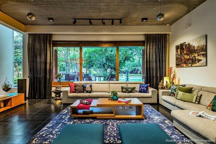 indoor setting area