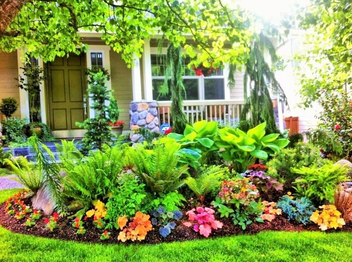 Colorful-Front-Yard-shade-garden-Ideas (9)