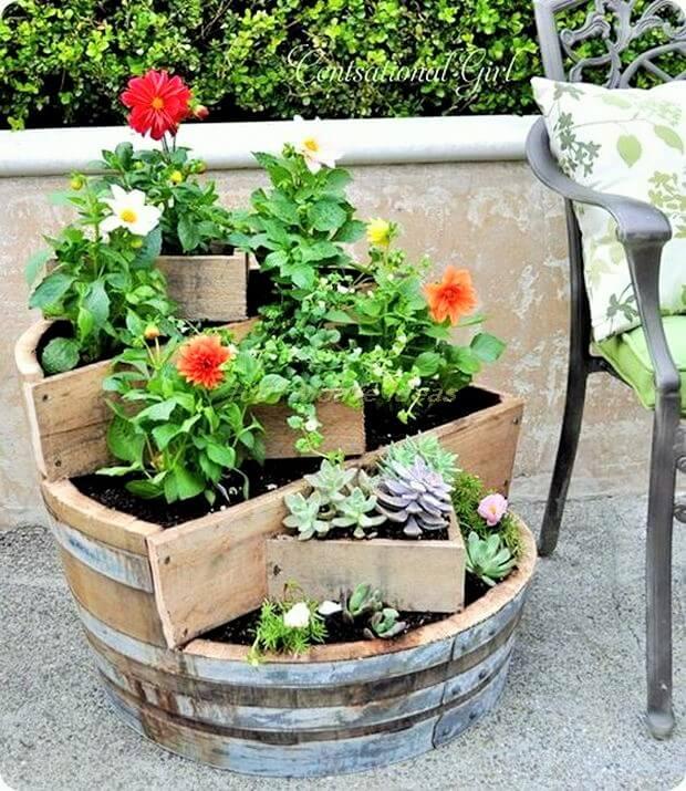 DIY-Recycled-Wine-Barrel-Planter-Ideas (2)