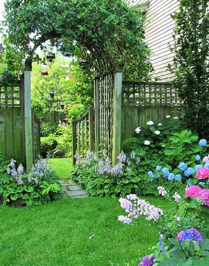 Small-Backyard-Landscaping-Ideas-1 (6)