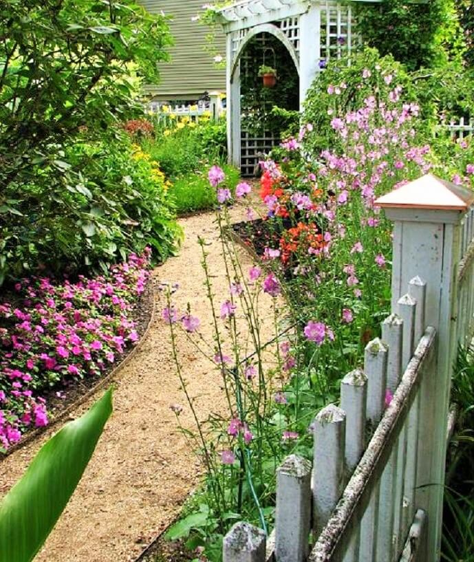 Small-Backyard-Landscaping-Ideas-1 (8)