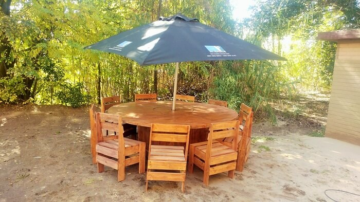 diy-furniture-garden-sofa-ideas