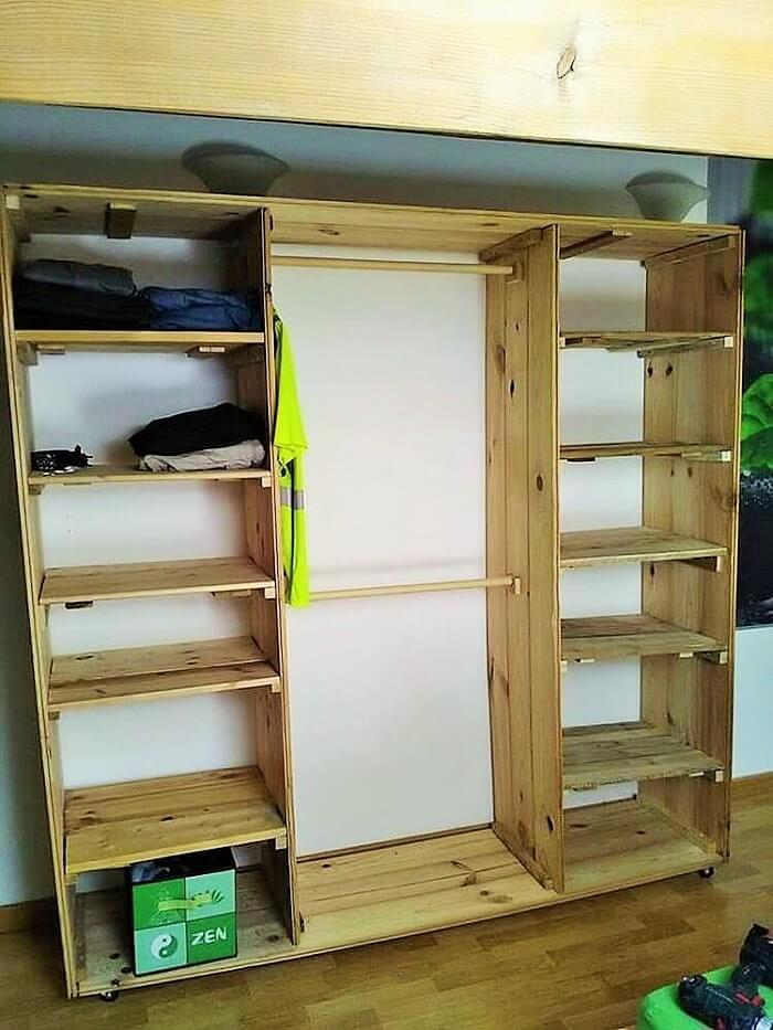 Wood-Pallets-Cupboard (2)