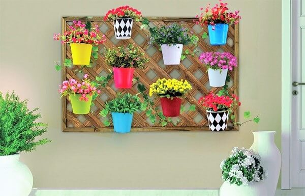 Diy-vertical-wall-Ideas