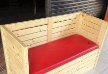 Diy-wooden-Pallet-sofa-banch