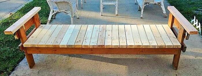Diy-wooden-pallet-bench-idea