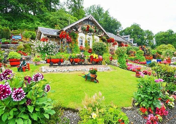 Home-landscape-garden-design