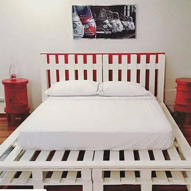 diy-wooden-pallet-bed