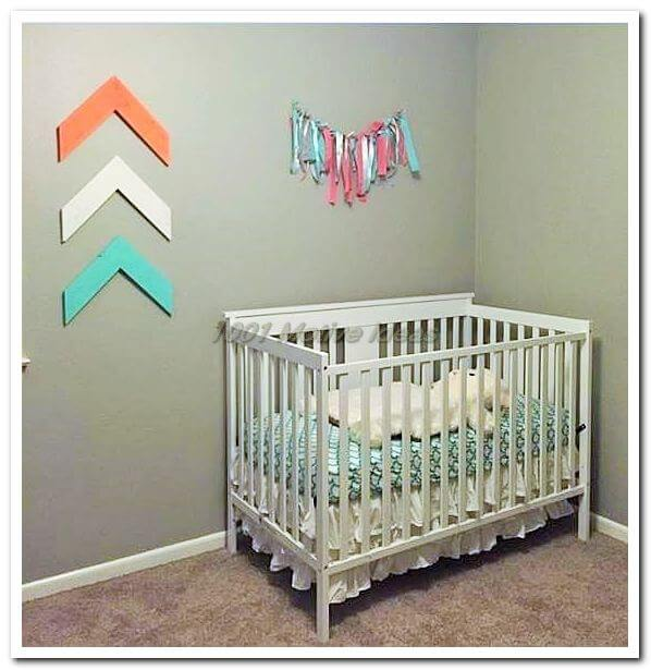 pallet Small baby home (2)