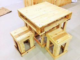 woodenpallet dining table set