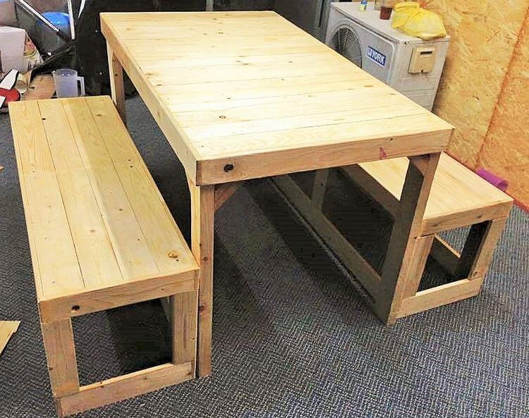 woodenpallet -dining-table