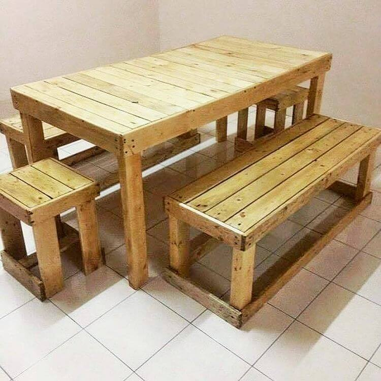 woodenpallet larg dining table&banch