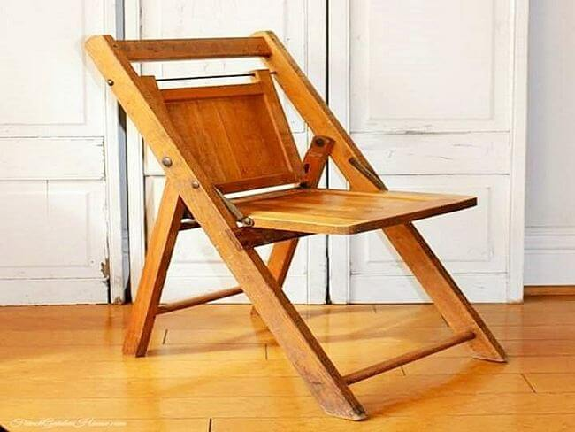 diy wooden pallet chair project 02