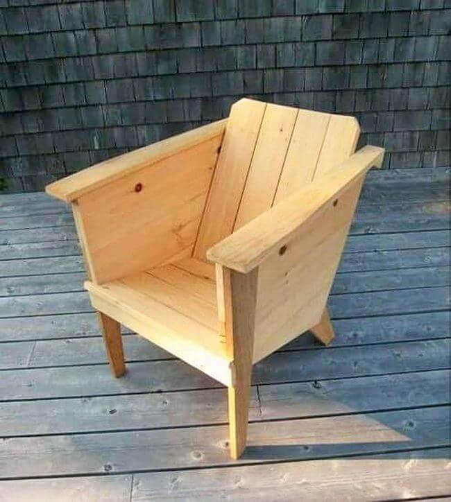 diy wooden pallet chair project 05