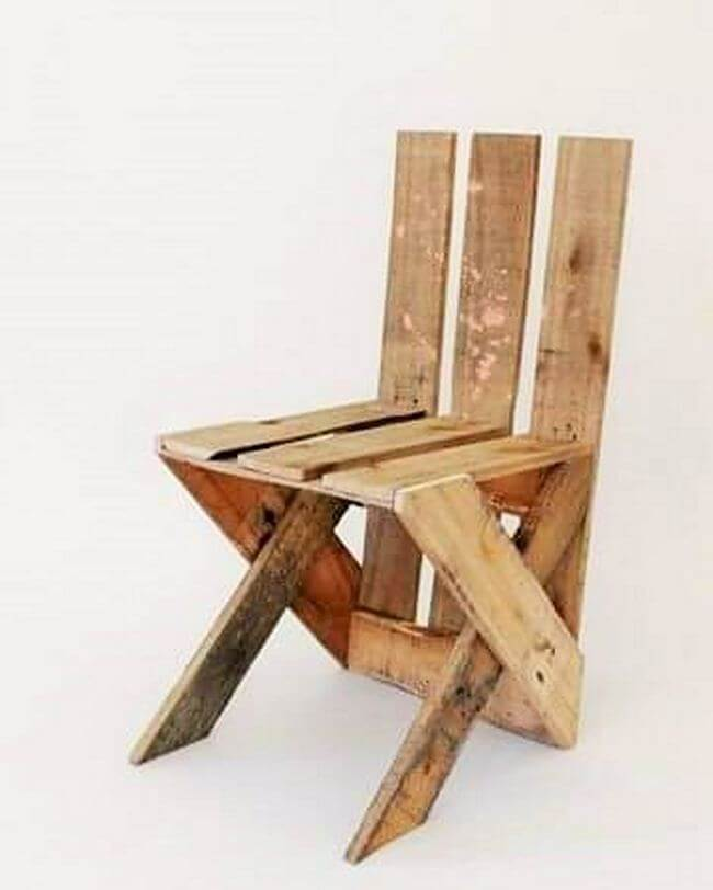 diy wooden pallet chair project 21