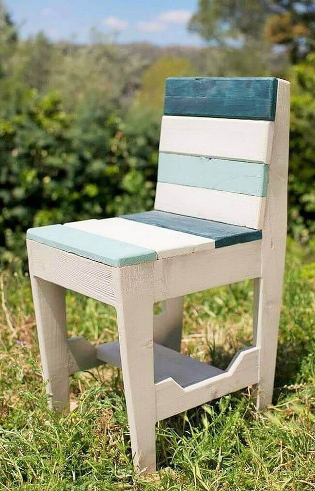 diy wooden pallet chair project 31