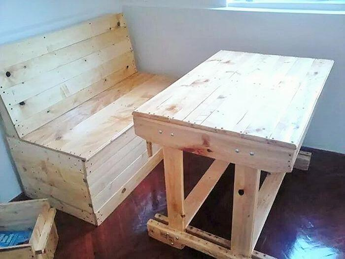 pallet dining banch and table