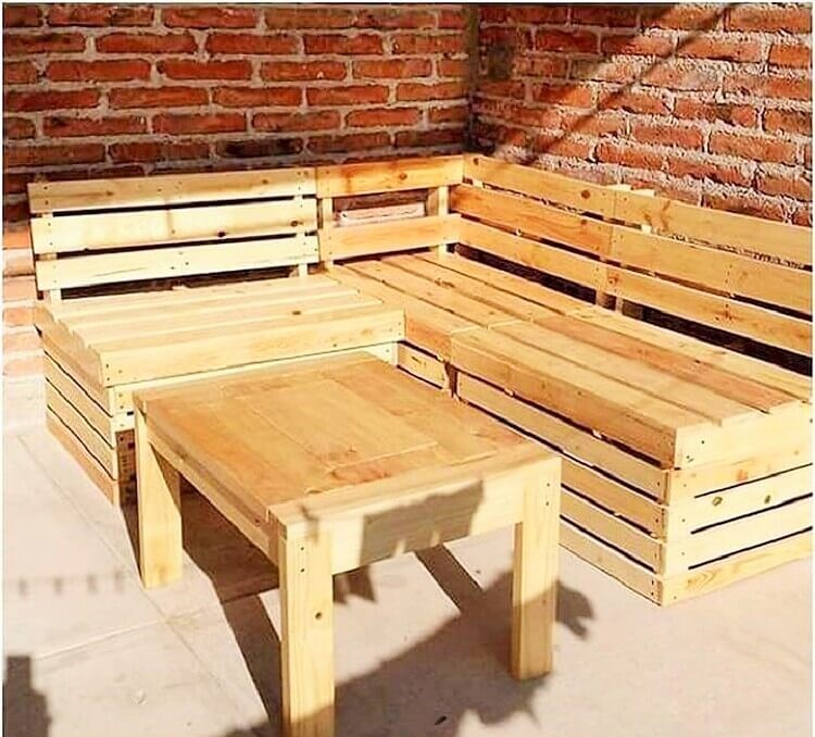 Pallet Dining Table And Banch