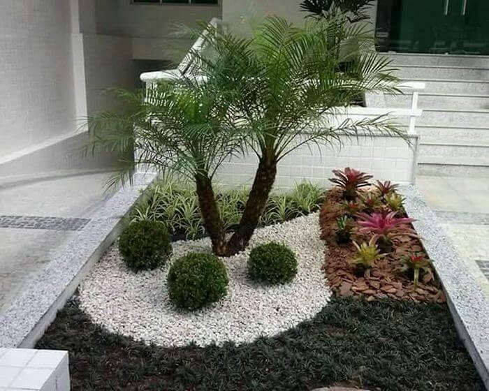 small garden-03