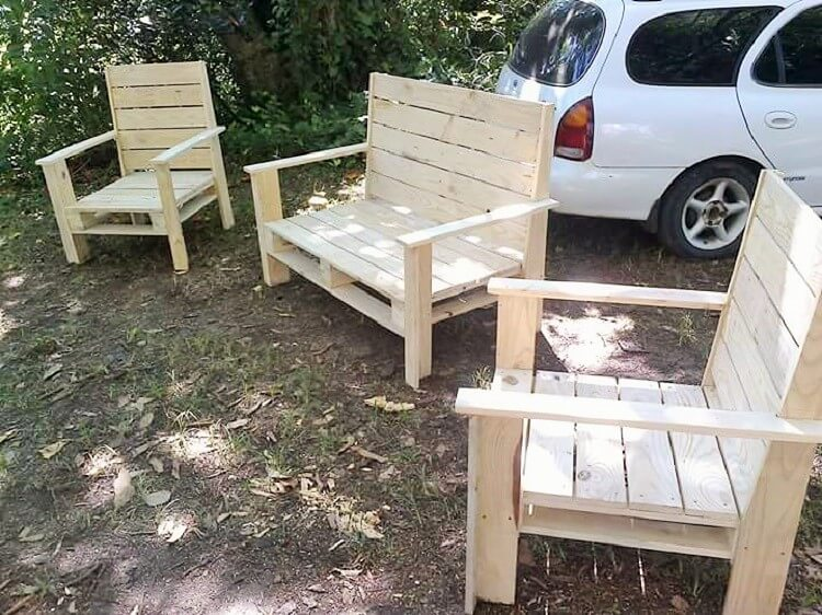 wooden pallet banch project