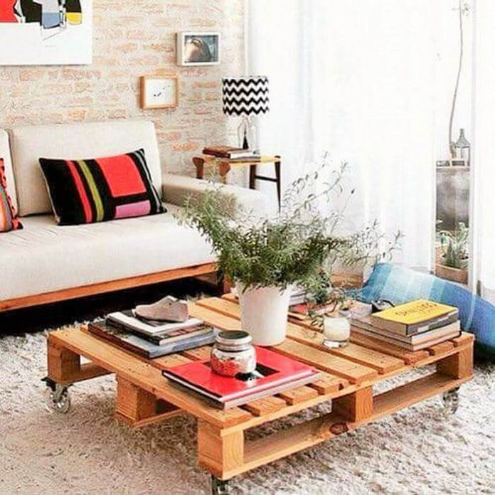 wooden pallet coofee table and sofa