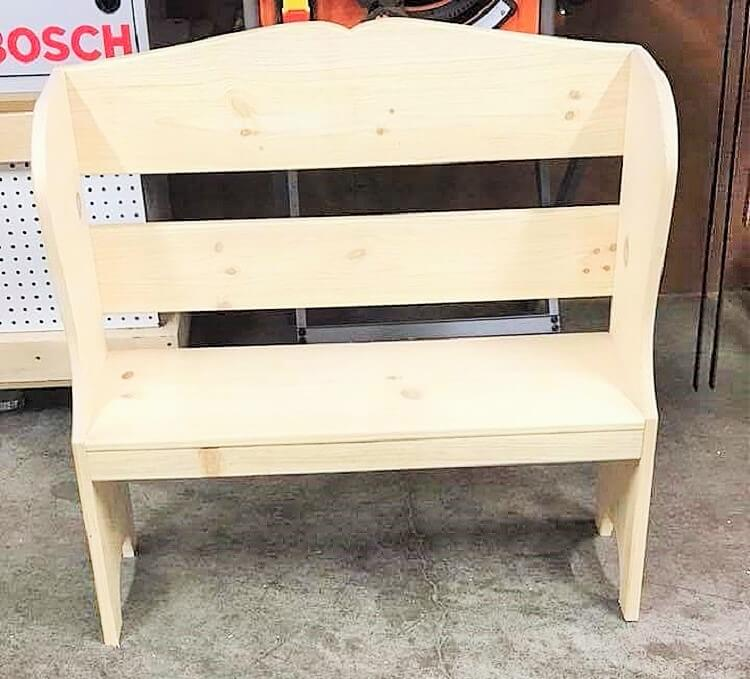 wooden pallet small banch projects