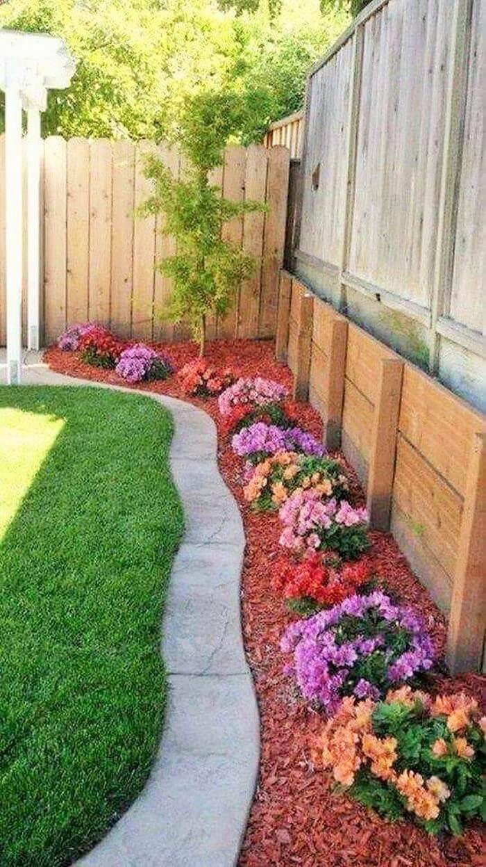 Small Garden Decor Ideas-08