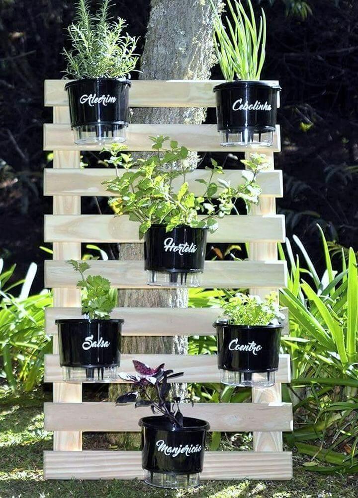 DIY-Pallet-Garden-Planter-Ideas-06