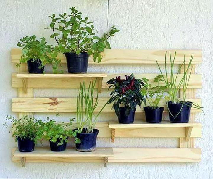 DIY-Pallet-Garden-Planter-Ideas-07