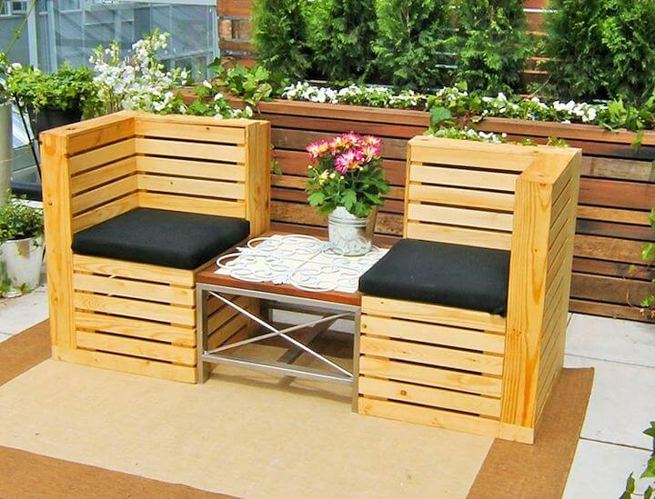 DIY-Pallet-garden-furniture-Project-02