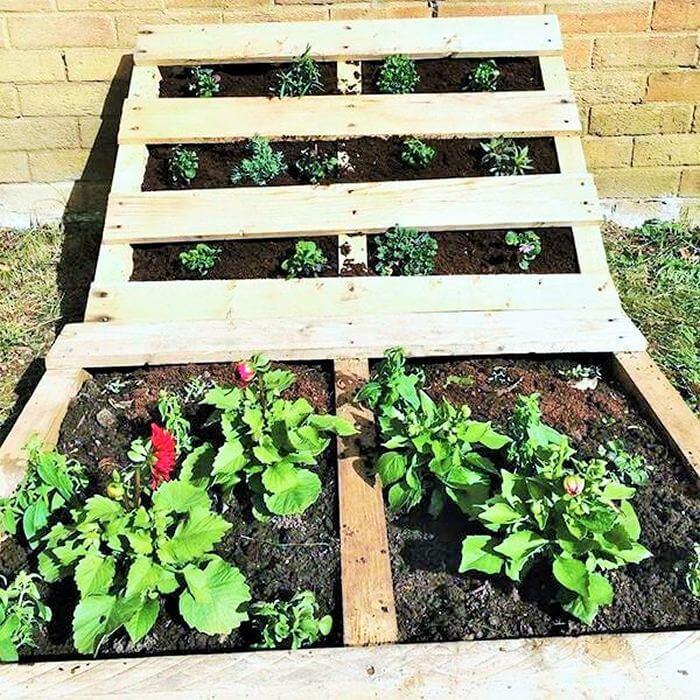 Homemade-DIY-wooden-Pallet-Small-Planter-ideas-10