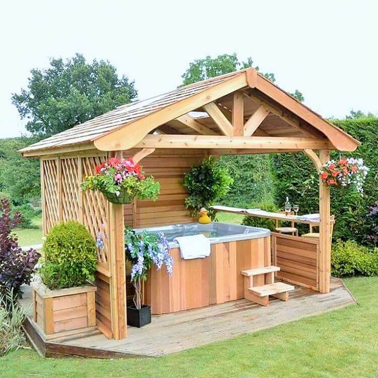 Wooden- drinking- home- in-garden-Project-01