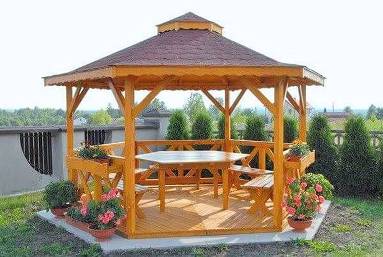 Wooden- drinking- home- in-garden-Project-02