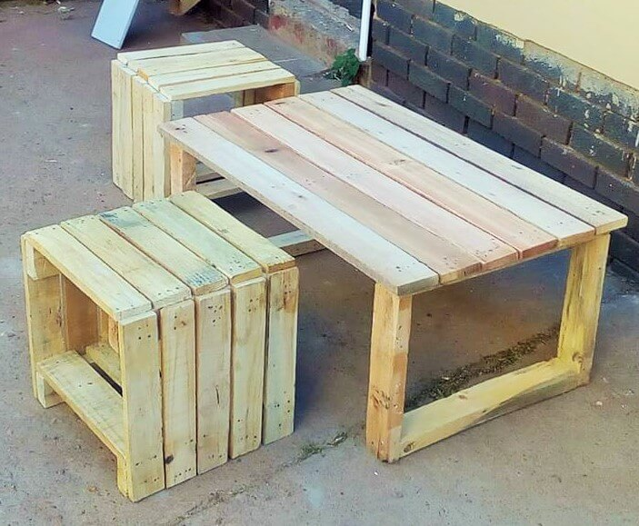 Build a wooden pallets sofa and bench- (1)