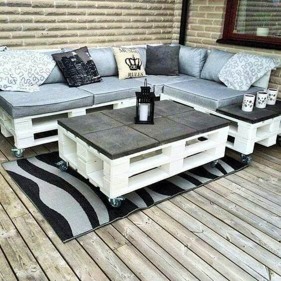 Build a wooden pallets sofa and bench- (18)