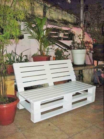 Build a wooden pallets sofa and bench- (19)