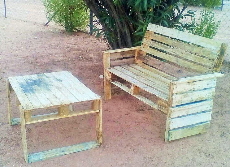 Build a wooden pallets sofa and bench- (2)