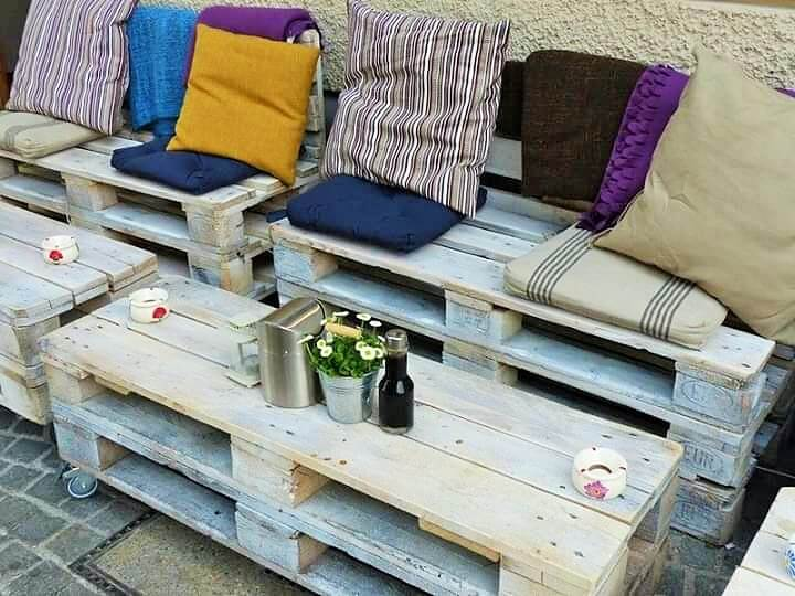 Build a wooden pallets sofa and bench- (27)