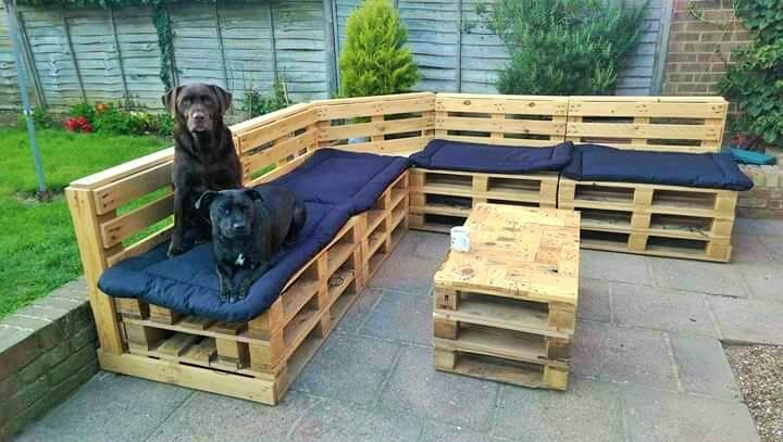 Build a wooden pallets sofa and bench- (31)
