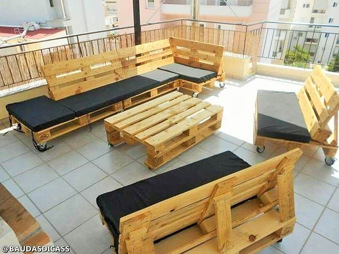 Build a wooden pallets sofa and bench- (4)