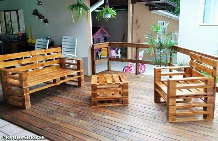 Build a wooden pallets sofa and bench- (7)