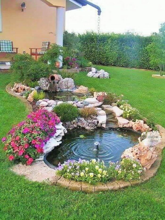 Small Garden Designs Ideas- (11)